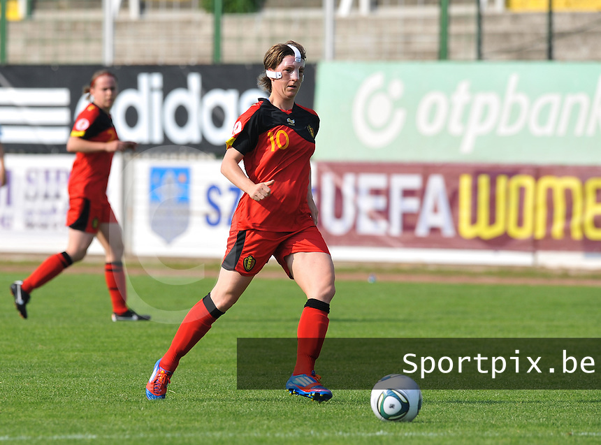 Hungary - Hongarije : UEFA Women's Euro Qualifying group stage (Group 3) - 20/06/2012 - 17:00 - szombathely  - : Hungary ( Hongarije ) - BELGIUM ( Belgie) :.Aline Zeler.foto DAVID CATRY / JOKE VUYLSTEKE / Vrouwenteam.be.