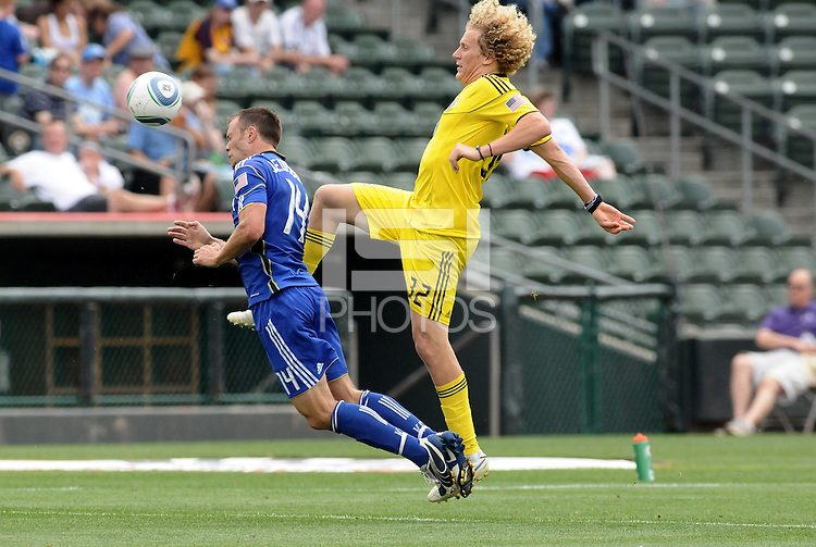 Jack Jesbury (blue), Steven Lenhart...Kansas City Wizards were defeated 1-0 by Columbus Crew at Community America Ballpark, Kansas City, Kansas.