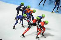 SCHAATSEN: DORDRECHT: Sportboulevard, Korean Air ISU World Cup Finale, 12-02-2012, Final Relay Men, Semen Elistratov RUS (72), Sjinkie Knegt NED (62), Daan Breeuwsma NED (59), Yoon-Gy Kwak KOR (51), Da Woon Sin KOR (55), Olivier Jean CAN (8), Remi Beaulieu-Tinker CAN (7), ©foto: Martin de Jong