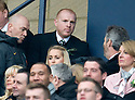 :: CELTIC MANAGER NEIL LENNON TAKES HIS SEAT IN THE STAND  ::