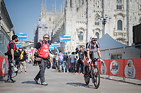 Simon Geschke (DEU/Sunweb) rolling out in front of the Milano Duomo after finishing the closing time trial<br /> <br /> stage 21: Monza - Milano (29km)<br /> 100th Giro d'Italia 2017