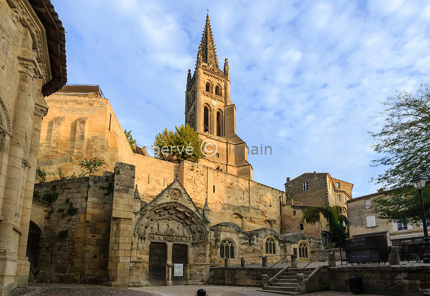 France, Gironde (33), Saint-Émilion, classé Patrimoine Mondial de l'UNESCO, l'église monolithe // France, Gironde, Saint Emilion, listed as World Heritage by UNESCO, the monolithic church