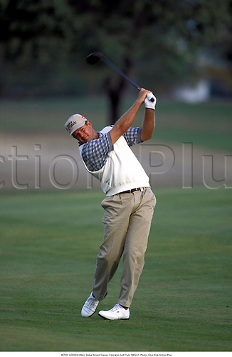 RETIEF GOOSEN (RSA), Dubai Desert Classic, Emirates Golf Club, 980227. Photo: Glyn Kirk/Action Plus....1998.golf golfer golfers.men man mens men's.swing