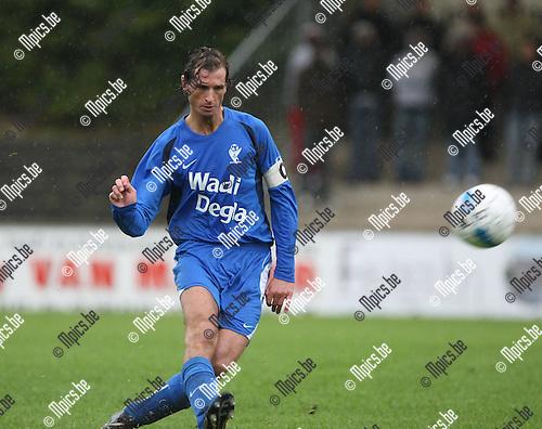 2008-10-05 / Voetbal / Willebroek Meerhof - KV Turnhout / Gunther Loyens..Foto: Maarten Straetemans (SMB)