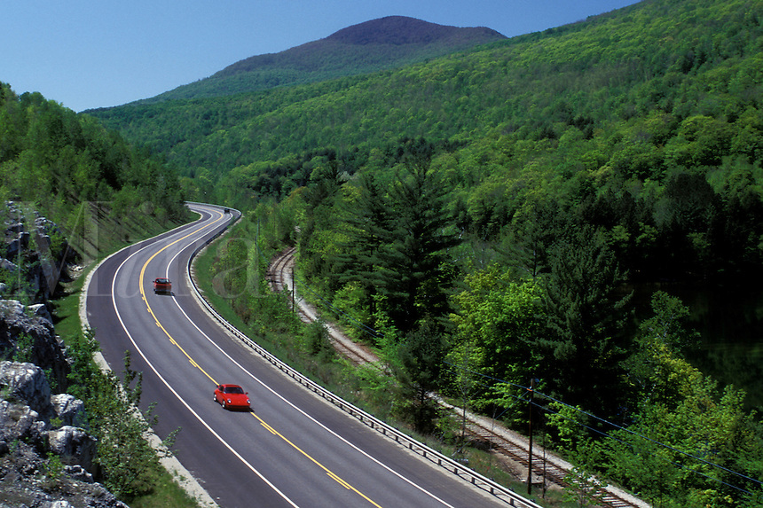 AJ1048, Vermont, road, Aerial view of Route 7 in Green Mountain National Forest in North Dorset.