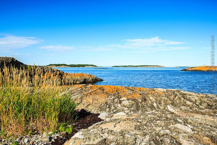 Klipphäll vid havet på Utö i Stockholms skärgård