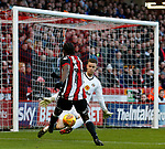 Clayton Donaldson of Sheffield Utd  skews his shot during the Championship match at Bramall Lane Stadium, Sheffield. Picture date 26th December 2017. Picture credit should read: Simon Bellis/Sportimage