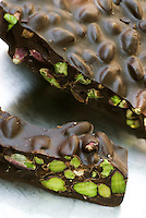 80% fondant chocolate with Bronte pistachios by Corrado Assenza