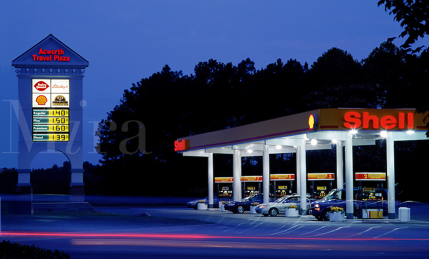 Acworth Shell Station, Atlanta area, GA. Acworth, Georgia.