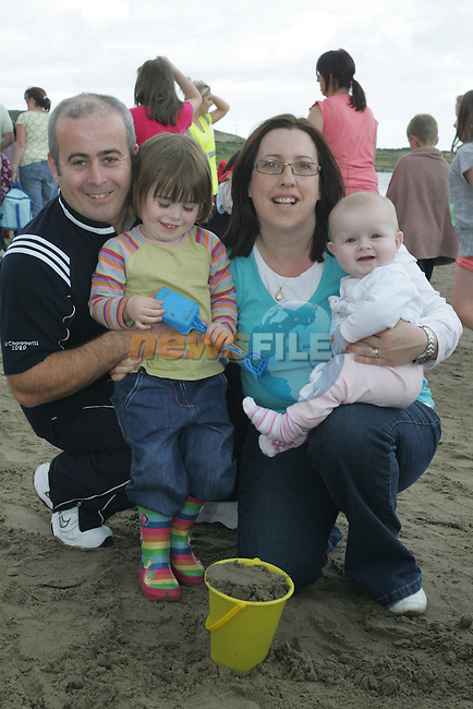 The Caraher Family at the Prawn Festival in Clogherhead....Photo NEWSFILE/Jenny Matthews.(Photo credit should read Jenny Matthews/NEWSFILE)....This Picture has been sent you under the condtions enclosed by:.Newsfile Ltd..The Studio,.Millmount Abbey,.Drogheda,.Co Meath..Ireland..Tel: +353(0)41-9871240.Fax: +353(0)41-9871260.GSM: +353(0)86-2500958.email: pictures@newsfile.ie.www.newsfile.ie.FTP: 193.120.102.198.