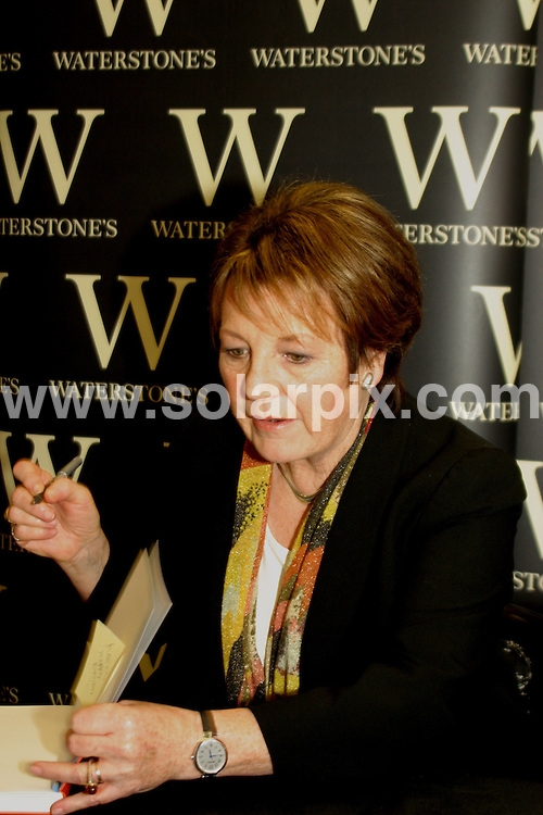 **ALL ROUND PICTURES FROM SOLARPIX.COM**.**WORLDWIDE SYNDICATION RIGHTS**.Delia Smith at a book signing at Waterstones in Birmingham.JOB REF:    5851   NYA        DATE: 28.02.08.**MUST CREDIT SOLARPIX.COM OR DOUBLE FEE WILL BE CHARGED* *UNDER NO CIRCUMSTANCES IS THIS IMAGE TO BE REPRODUCED FOR ANY ONLINE EDITION WITHOUT PRIOR PERMISSION*