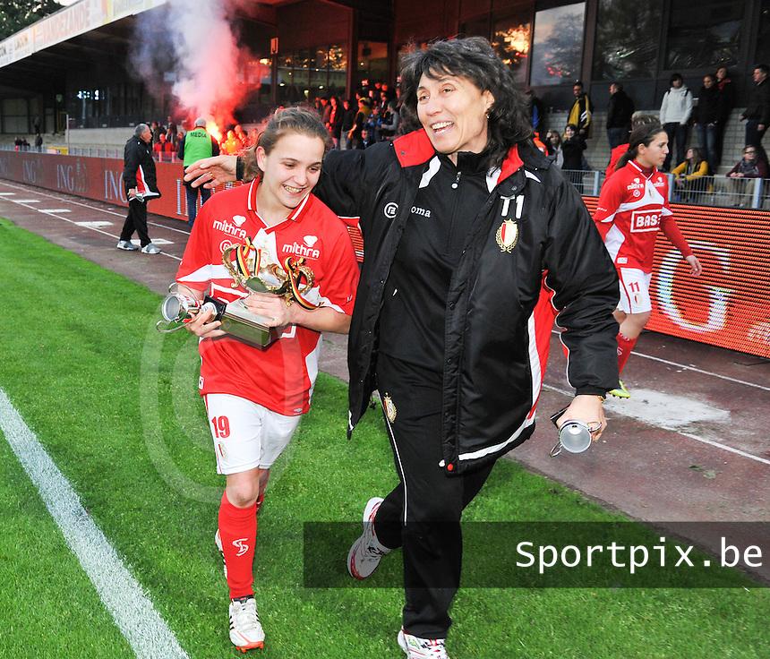 Bekerfinale 2012 : WD Lierse SK - Standard Femina :.Davina Philtjens en Fery Ferraguzzi.foto David Catry / Joke Vuylsteke / Vrouwenteam.be