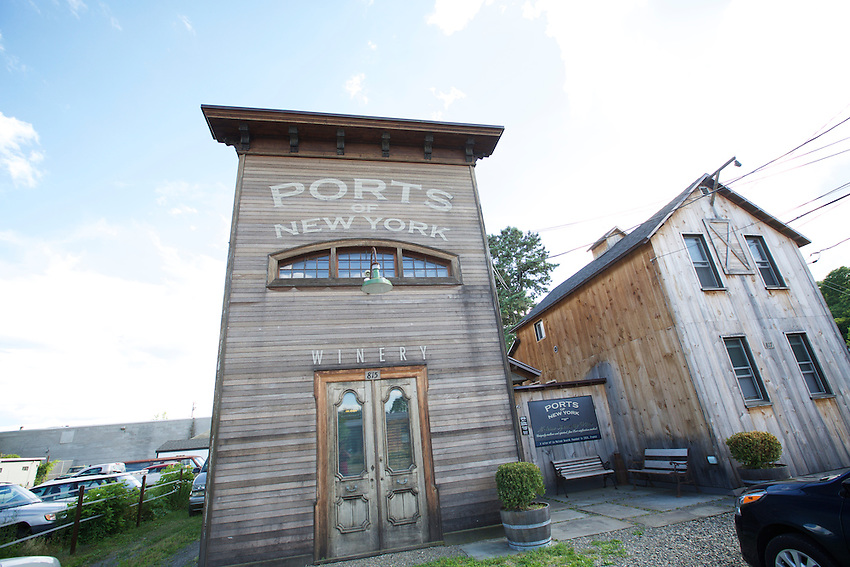 Ithaca, NY - June 21, 2016: The Tasting Room at Ports of New York, which makes a port-inspired fortified wine.<br /> <br /> CREDIT: Clay Williams.<br /> <br /> &copy; Clay Williams / claywilliamsphoto.com