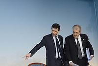 Roma, 24 Gennaio 2014<br /> Palazzo Chigi<br /> Consiglio dei Ministri 46<br /> Conferenza stampa al termine del Consiglio dei Ministri.<br /> Il Governo da il via libera alle privatizzazioni di quote di Poste italiane e ENAV.<br /> Nella fotoMaurizio Lupi e Fabrizio Saccomanni
