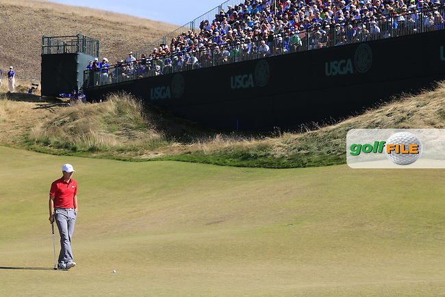 Jordan Speith (USA) on the 9th green during Saturday's Round 3 of the 2015 U.S. Open 115th National Championship held at Chambers Bay, Seattle, Washington, USA. 6/21/2015.<br /> Picture: Golffile | Eoin Clarke<br /> <br /> <br /> <br /> <br /> All photo usage must carry mandatory copyright credit (&copy; Golffile | Eoin Clarke)