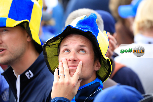Europe Fan during the sunday singles at the Ryder Cup, Le Golf National, Paris, France. 30/09/2018.<br /> Picture Phil Inglis / Golffile.ie<br /> <br /> All photo usage must carry mandatory copyright credit (© Golffile | Phil Inglis)