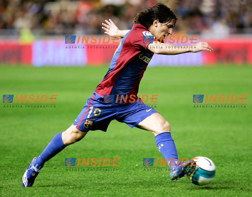 Barcelona`s Lionel Messi during Spain`s La Liga match between Valencia and Barcelona at Mestalla Stadium in Valencia, Sunday 18 February, 2007, (INSIDE/ALTERPHOTOS/Jose Chavero).