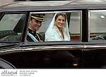 El principe Felipe de Borbon y Letizia Ortiz recorriendo las calles de Madrid en coche despues de su boda. Madrid, España, 22/05/04..Prince  Felipe of Borbon and Letizia Ortiz drived through Madrid streets after their wedding. Madrid, Spain, 05/22/04.
