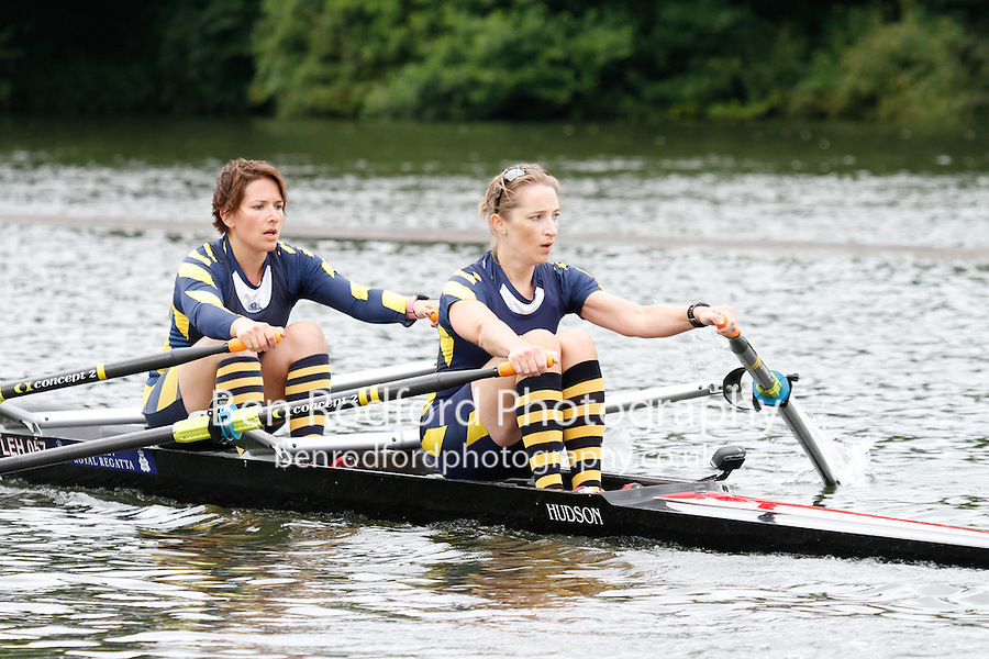 W.MasB.2x QF -  Berks: 255 Royal Hong Kong Yacht Club (HKG) -  Bucks: 256 TSS<br /> <br /> Friday - Henley Masters Regatta 2016<br /> <br /> To purchase this photo, or to see pricing information for Prints and Downloads, click the blue 'Add to Cart' button at the top-right of the page.