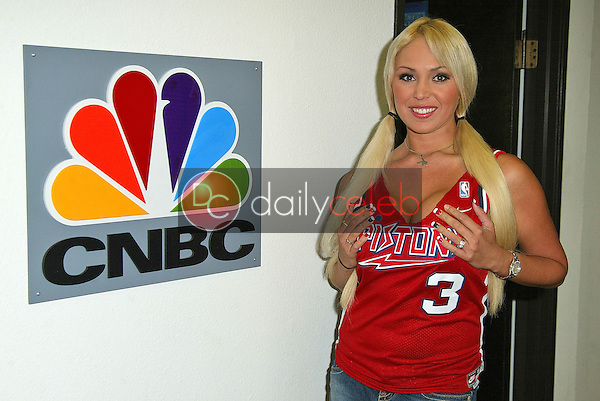 """Mary Carey at the CNBC Studios in Burbank to tape """"Countdown with Keith Olberman""""<br /> on the set of MSNBC's """"Countdown wirth Keith Olbermann"""" to anounce her intention to run for California Lieutenant Governor, NBC Studios, Burbank, CA 06-21-05<br /> EXCLUSIVE<br /> <br /> David Edwards/DailyCeleb.Com 818-249-4998"""