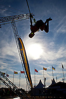 Rope-jumping in the sun. Photo: Kim Rask/Scouterna