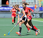 The Hague, Netherlands, June 13: Jana Teschke #4 of Germany dribbles the ball during the field hockey placement match (Women - Place 7th/8th) between Korea and Germany on June 13, 2014 during the World Cup 2014 at Kyocera Stadium in The Hague, Netherlands. Final score 4-2 (2-0)  (Photo by Dirk Markgraf / www.265-images.com) *** Local caption ***