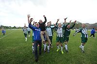 VOETBAL: JOURE: 14-05-2016, Sportpark de Hege Simmerdyk, SC Joure - Oeverzwaluwen, uitslag 2-1, SC Joure kampioen in de 3e klasse A zaterdagcompetitie, ©foto Martin de Jong