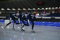SCHAATSEN: HEERENVEEN: 25-06-2014, IJsstadion Thialf, Zomerijs training, Antoinette de Jong, Carien Kleibeuker, Heather Richardson, ©foto Martin de Jong