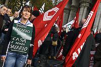 Roma, 23 Novembre 2012.Ministero delle infrastrutture.Manifestazione unitaria dei sindacati Unione Inquilini, Sunia, Sicet, Uniat, per il blocco degli sfratti, anche per morosità incolpevole, e per la svolta nelle politiche abitative.