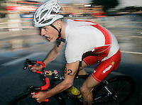 31 AUG 2007 - HAMBURG, GER - Jan van Berkel (SUI) - Under 23 Mens World Triathlon Championships. (PHOTO (C) NIGEL FARROW)