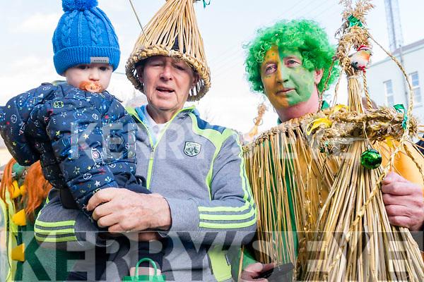 Micheal Ó Muircheartaigh with little Ruadhan McElwain and Gearóid Ó Cinnéide (Dún Síon) enjoying Wren's Day in Dingle.