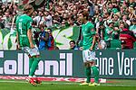 01.09.2019, wohninvest WESERSTADION, Bremen, GER, 1.FBL, Werder Bremen vs FC Augsburg<br /> <br /> DFL REGULATIONS PROHIBIT ANY USE OF PHOTOGRAPHS AS IMAGE SEQUENCES AND/OR QUASI-VIDEO.<br /> <br /> im Bild / picture shows<br /> Jubel 3:2, <br /> Yuya Osako (Werder Bremen #08) bejubelt seinen Treffer zum 3:2, Michael Lang (Neuzugang Werder Bremen #04) (li), <br /> <br /> Foto © nordphoto / Ewert