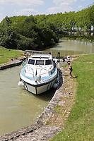 Europe/France/Midi-Pyrénées/31/Haute-Garonne/Baziège: L' Ecluse du Sanglier sur le Canal du Midi