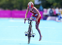 04.08.2012. London, England,  Olympic Games 2012 London England Womens Triathlon Running Picture shows Lisa Perterer AUT  on the bike leg