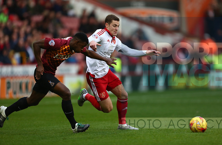 Sheffield United's Paul Coutts in action - Sheffield United vs Bradford City - Skybet League One - Bramall Lane - Sheffield - 28/12/2015 Pic Philip Oldham/SportImage