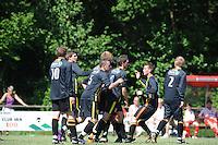 VOETBAL: SINT NICOLAASGA: Sportpark v.v. Renado, 27-05-2012, Nacompetitie Zondag 3e/4e klasse, Renado 1 - SC Stiens 1, Eindstand 2-2, Felicitaties over en weer na de 0-2 door Rudy Mensink, Peter Jan Schuts (#10 SC Stiens), Harrie Dijkstra (#5 SC Stiens), Sven Lunter (#8 SC Stiens), Selwin de Vries (#3 SC Stiens), Mike Procee (#2 SC Stiens), ©foto Martin de Jong