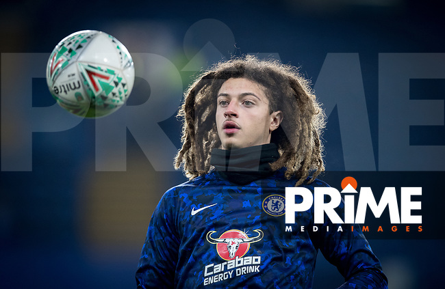 Ethan AMPADU of Chelsea pre match during the Carabao Cup Semi-Final 2nd leg match between Chelsea and Tottenham Hotspur at Stamford Bridge, London, England on 24 January 2019. Photo by Andy Rowland.