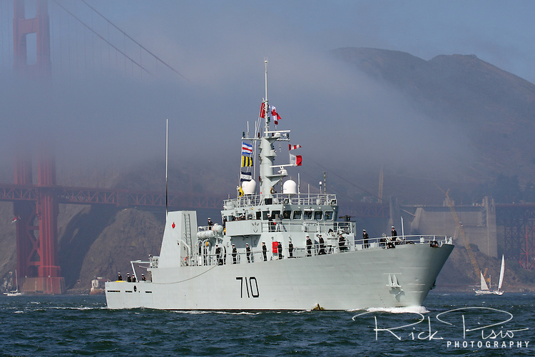 Canadian Kingston-class coastal defence vessel HMCS Brandon (MM 710) passes through the Golden Gate and enters San Francisco Bay.