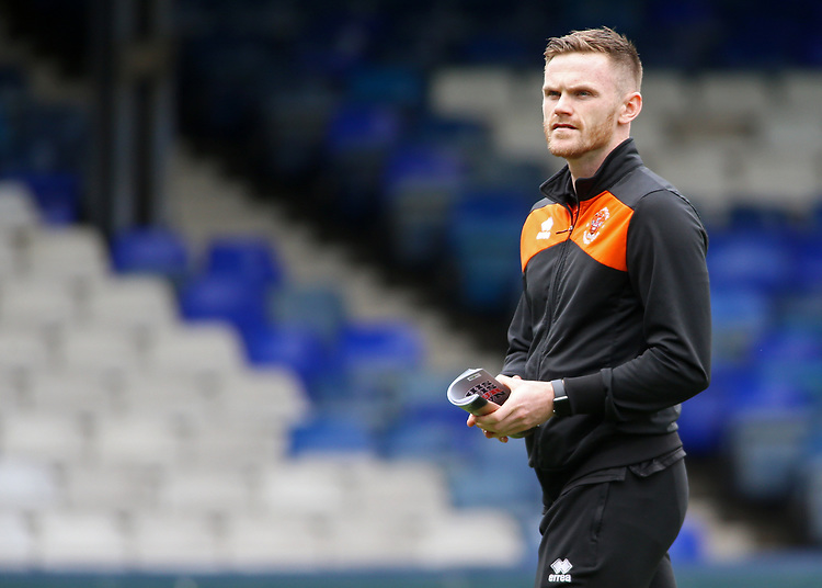 Blackpool's Oliver Turton checks out Kenilworth Road before kick off<br /> <br /> Photographer David Shipman/CameraSport<br /> <br /> The EFL Sky Bet League One - Luton Town v Blackpool - Saturday 6th April 2019 - Kenilworth Road - Luton<br /> <br /> World Copyright © 2019 CameraSport. All rights reserved. 43 Linden Ave. Countesthorpe. Leicester. England. LE8 5PG - Tel: +44 (0) 116 277 4147 - admin@camerasport.com - www.camerasport.com