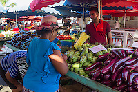 France, île de la Réunion, Saint Paul, marché hebdomadaire de Saint Paul,   //  France, Ile de la Reunion (French overseas department), weekly open market of Saint Paul,