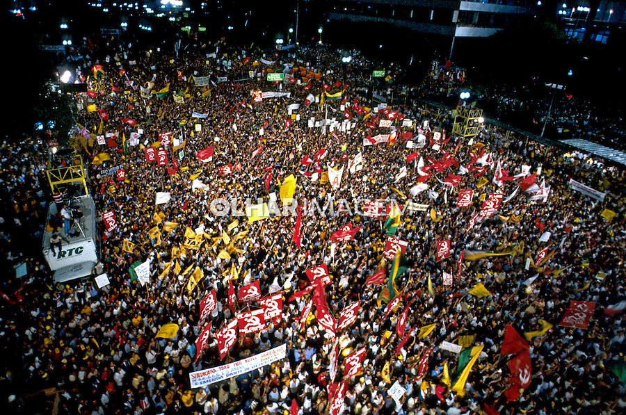 Comício por eleições Diretas no Vale do Anhangabaú, São Paulo. 1984. Foto de Daniel Augusto Jr.