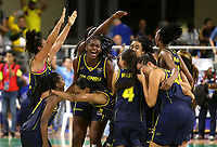 BARRANQUILLA - COLOMBIA, 24-07-2018:  Jugadoras de Colombia celebran la victoria con la que consiguieron la medalla de oro ante Cuba durante partido de final en la modalidad de Baloncesto femenino como parte de los Juegos Centroamericanos y del Caribe Barranquilla 2018. /  Players of Colombia celebrate the vicoty with they achieve the gold medal facing to Cuba during final match of women's Basketball as a part of the Central American and Caribbean Sports Games Barranquilla 2018. Photo: VizzorImage / Cont