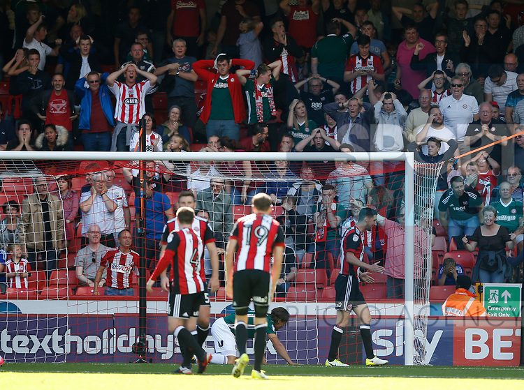 Brentford fans react to a missed chance during the English Championship League match at Bramall Lane Stadium, Sheffield. Picture date: August 5th 2017. Pic credit should read: Simon Bellis/Sportimage