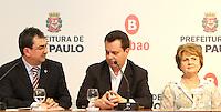 ATENCAO EDITOR: FOTO EMBARGADA PARA VEICULO INTERNACIONAL - SÃO PAULO, SP, 19 SETEMBRO 2012 - Coletiva de imprensa do prefeito Gilberto Kassab (centro) sobre o Grand Slam de Xadrez 2012 na prefeitura de São Paulo capital paulista  nessa quarta, 19. (FOTO: LEVY RIBEIRO / BRAZIL PHOTO PRESS)