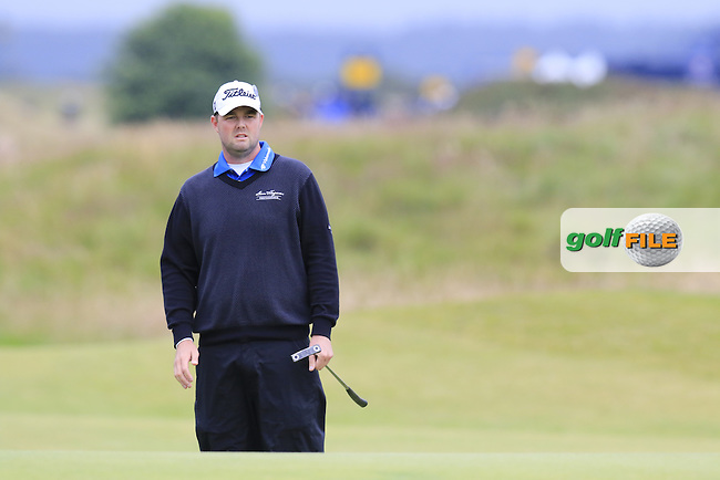 Marc Leishman (USA) putts onto the 17th green during Monday's Final Round of the 144th Open Championship, St Andrews Old Course, St Andrews, Fife, Scotland. 20/07/2015.<br /> Picture Eoin Clarke, www.golffile.ie