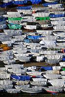 Winterlager: EUROPA, DEUTSCHLAND, HAMBURG, SCHLESWIG- HOLSTEIN, WEDEL (EUROPE, GERMANY), 28.01.2011: Wedel, Yachthafen, Segel, Boot, Boote, Winterlager, Abstellen, abgestellt, ruhe, warten, Herbst, Winter, Saison, Ueberholung, Wartung, Verpackung, Plane, .c o p y r i g h t : A U F W I N D - L U F T B I L D E R . de.G e r t r u d - B a e u m e r - S t i e g 1 0 2, .2 1 0 3 5 H a m b u r g , G e r m a n y.P h o n e + 4 9 (0) 1 7 1 - 6 8 6 6 0 6 9 .E m a i l H w e i 1 @ a o l . c o m.w w w . a u f w i n d - l u f t b i l d e r . d e.K o n t o : P o s t b a n k H a m b u r g .B l z : 2 0 0 1 0 0 2 0 .K o n t o : 5 8 3 6 5 7 2 0 9.V e r o e f f e n t l i c h u n g  n u r  m i t  H o n o r a r  n a c h M F M, N a m e n s n e n n u n g  u n d B e l e g e x e m p l a r !.