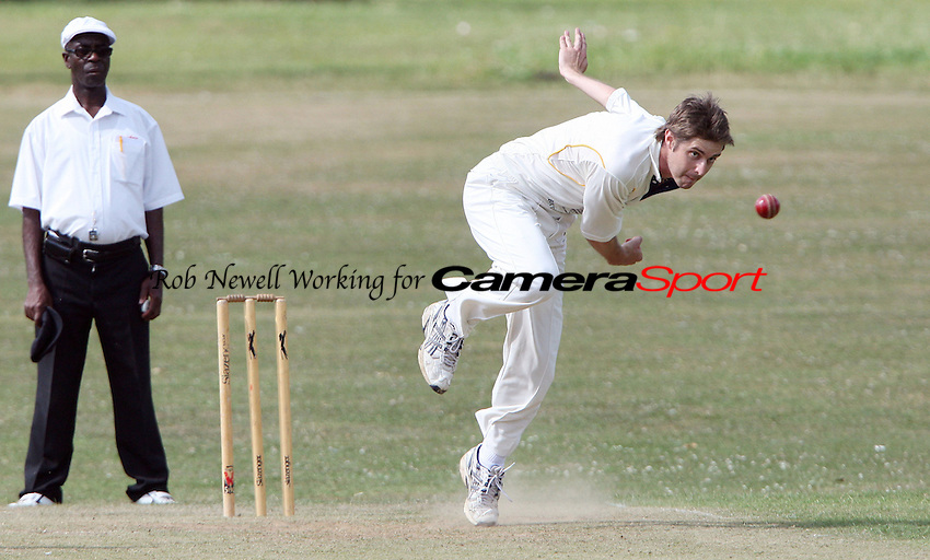 Jonathon Boyd of Horndon in bowling action - Harold Wood CC vs Horndon-on-the-Hill CC, Essex Club Cricket at Harold Wood Park, Harold Wood - 03/07/10 - MANDATORY CREDIT: Rob Newell/TGSPHOTO - Self billing applies where appropriate - 0845 094 6026 - contact@tgsphoto.co.uk - NO UNPAID USE.