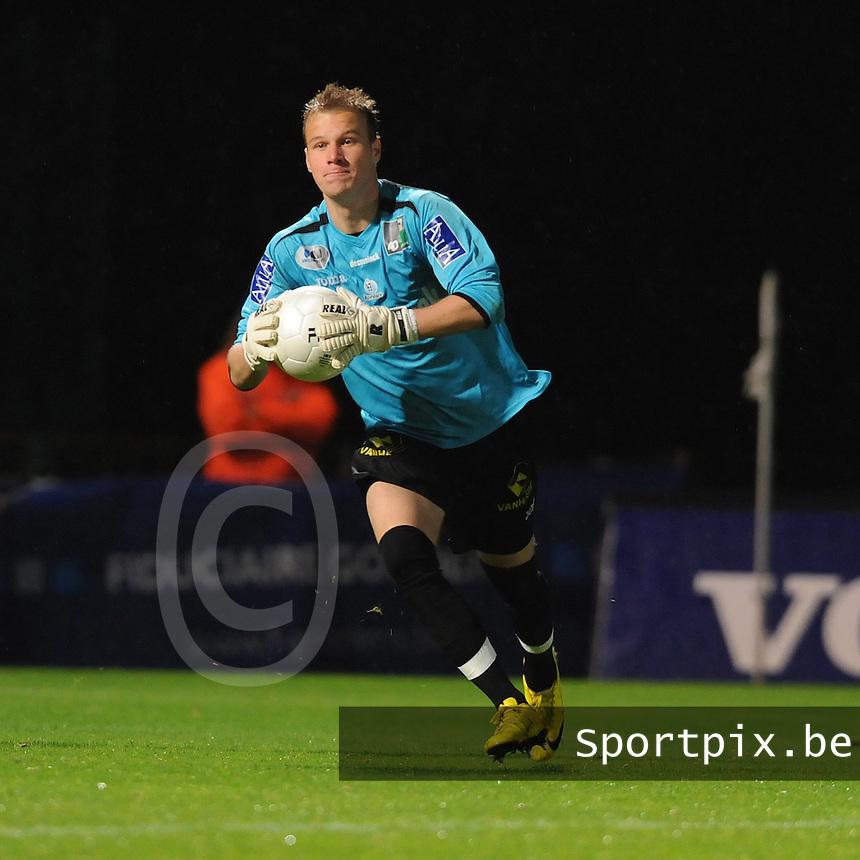 KSV Roeselare : Sören Dutoit.foto VDB / BART VANDENBROUCKE