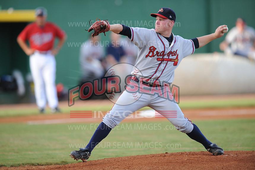 Brett Oberholtzer Danville Braves (Atlanta Braves) delivers a pitch at Joe O'Brien Stadium August 17, 2009 in Elizabethton, TN (Photo by Tony Farlow/Four Seam Images)