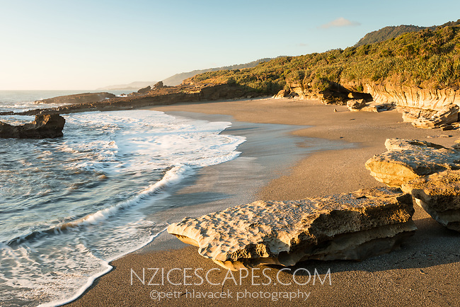 Beach and limestone rocks on Truman Track  in Punakaiki, Paparoa National Park, Buller Region, West Coast, New Zealand, NZ